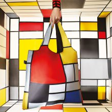 Shopper-Einkaufstasche Composition with Red, Yellow, Blue and Black