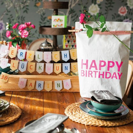 17;30 Paperbags Happy Birthday