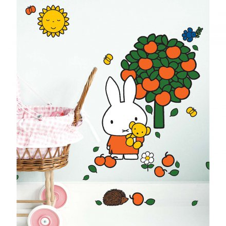 KEK Amsterdam Miffy Wandtattoo Apple Tree