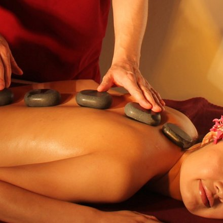 Hot Stone Massage in Stuttgart-Bad Cannstatt