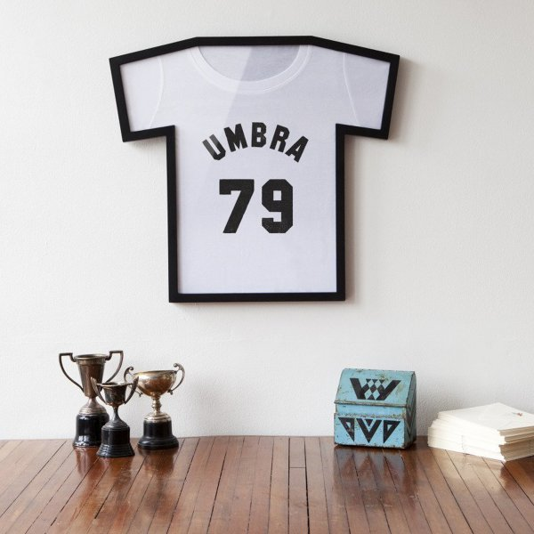 umbra t shirt rahmen t frame schwarz online kaufen. Black Bedroom Furniture Sets. Home Design Ideas